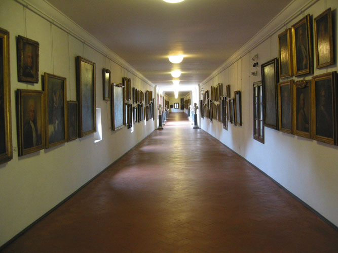 Ponte Vecchio and Vasari Corridor - ArtTravArtTrav