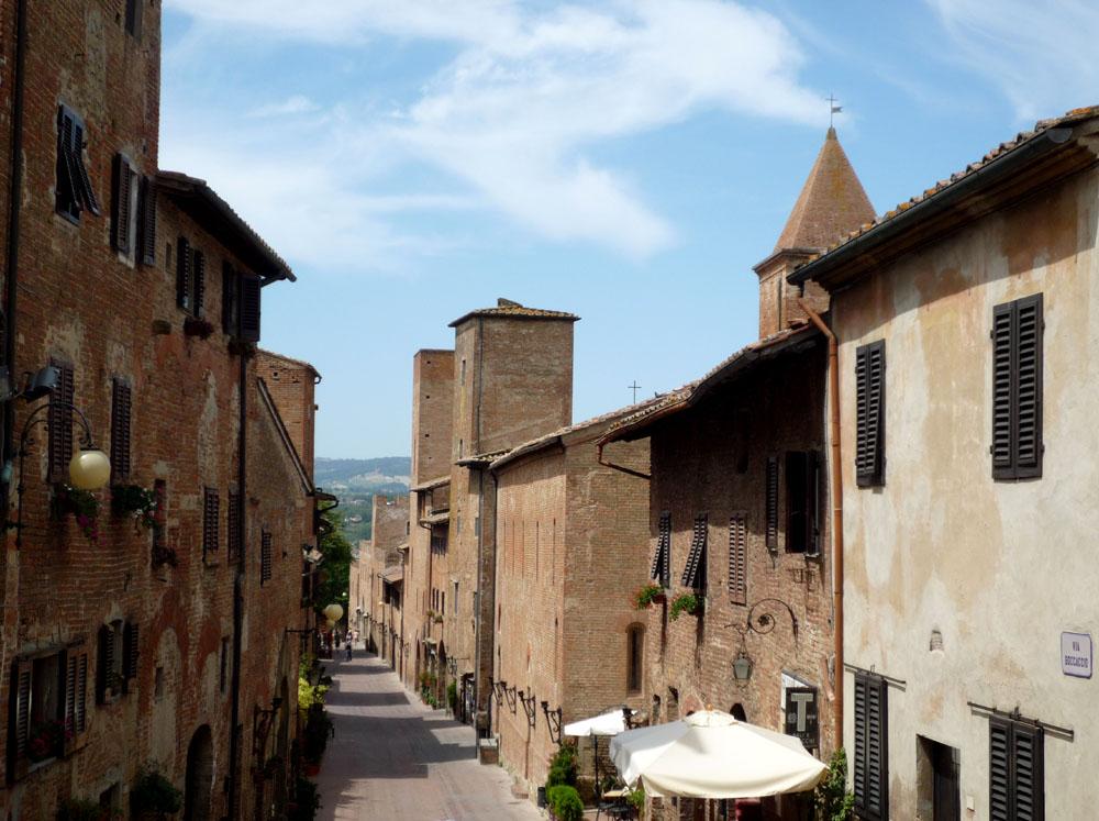 View down via boccaccio from palazzo pretorio, Certaldo