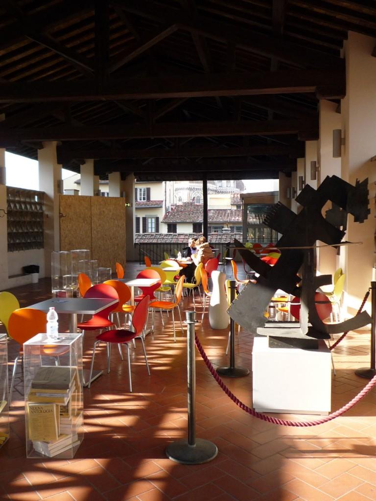 Bar area (indoor and outdoor)
