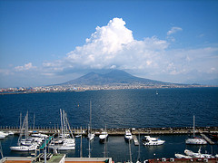 The Bay of Naples (Photo: Context Travel)