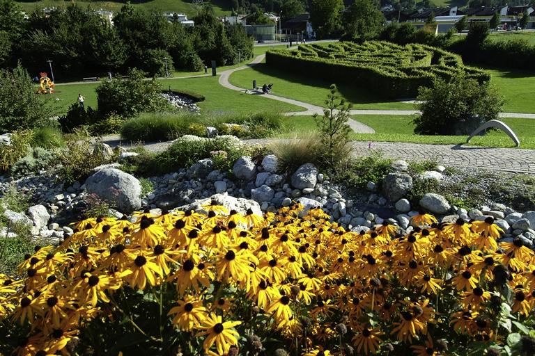 Innsbruck Swarovski Museum: Shine Bright Like a Diamond - ArtTravArtTrav