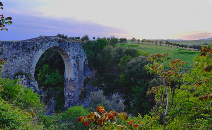 Vulci - devil's bridge