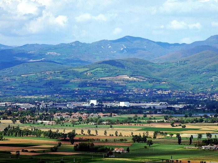 The landscape around Sansepolcro also includes the Buitoni factory! Photo flickr user Herve Platteaux