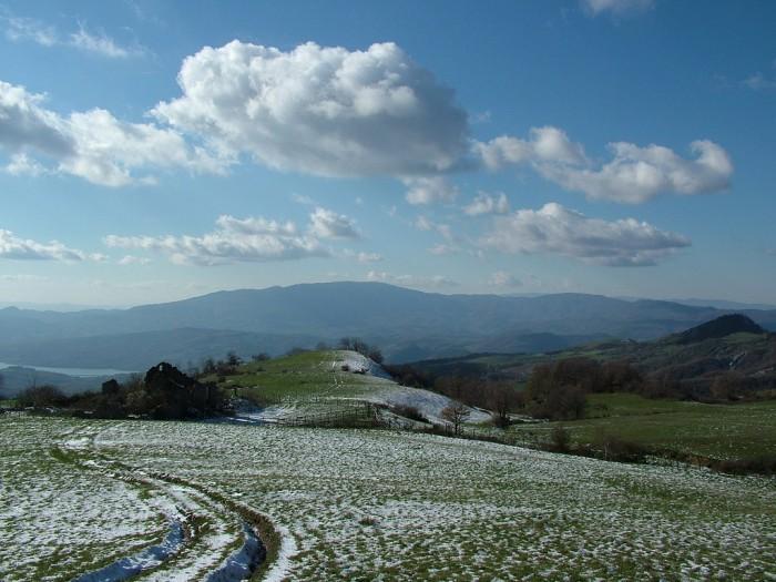 Winter landscape in Valtiberina by Flickr user Antonello Tanteri