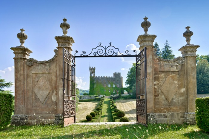 Castello di Celsa - yup you can rent this!