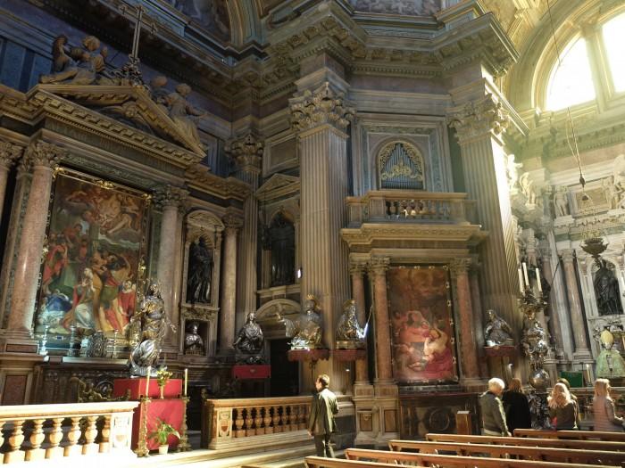 San Gennaro Chapel (side altar)