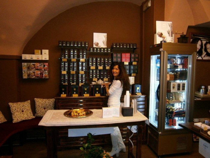 Oronero tea shop | Photo Oronero on Yelp