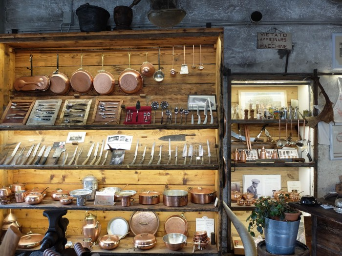 Coltellerie Giglio's gorgeous store in Scarperia