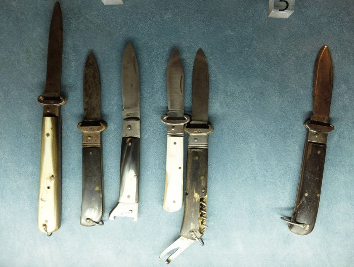 Historic knives in the museum