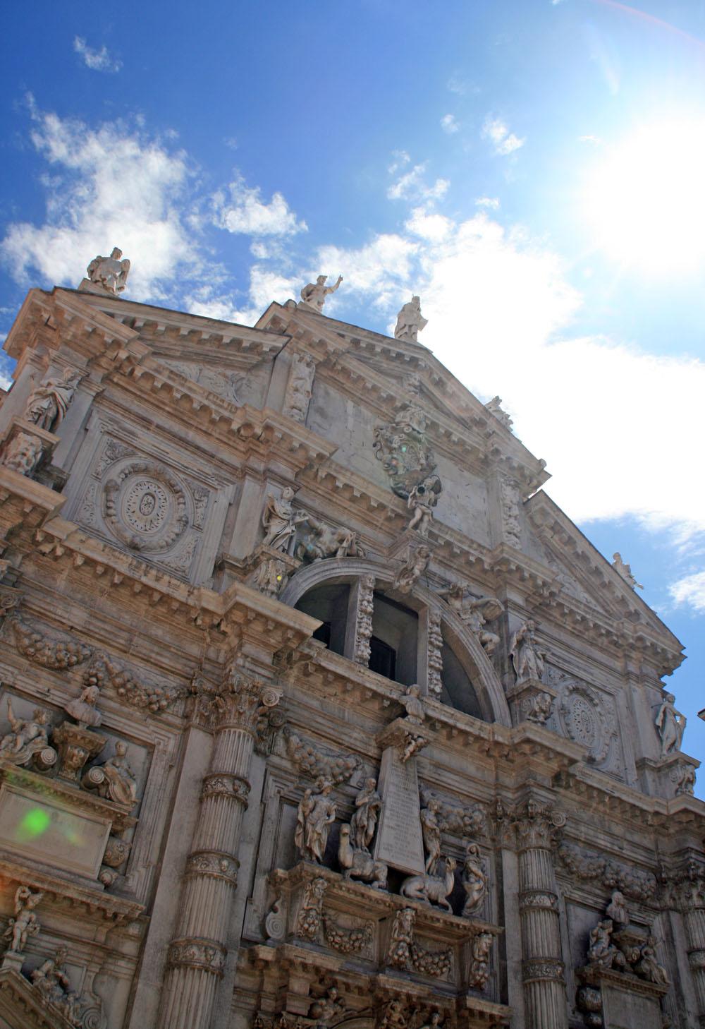 San Moisè facade | Photo Flickr user @fabcom