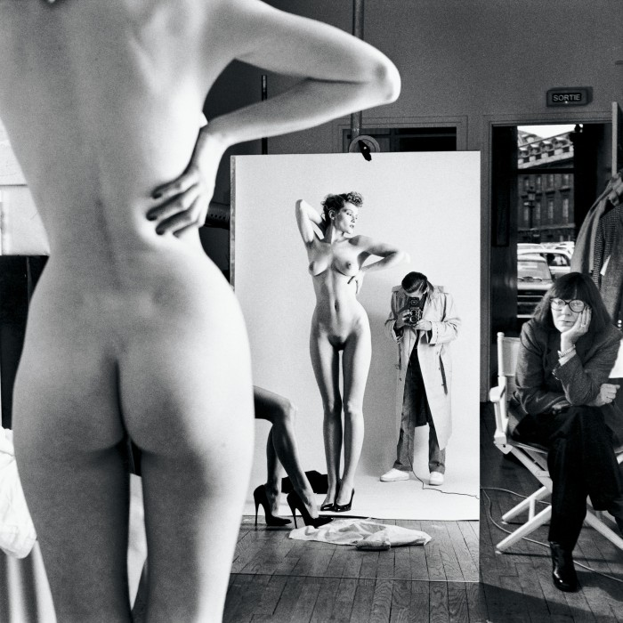 Helmut Newton, Selt Portrait with wife and models, Paris, 1981