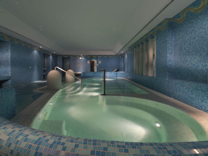 The saltwater spa at Hotel de Russie