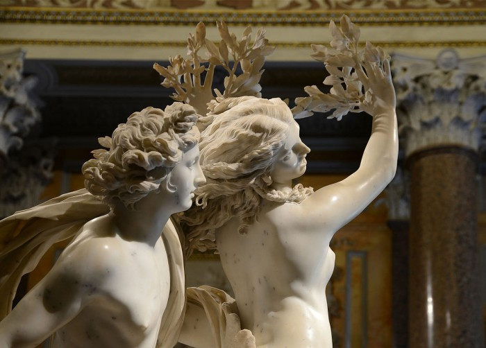 Bernini, Apollo and Daphne - one of the don't miss works at the Borghese Gallery | Photo By Alvesgaspar - wikimedia commons