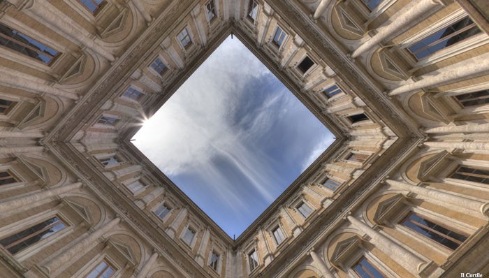 Looking up in the farnese courtyard (virtually)