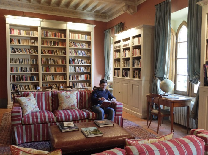 Tommaso in the library