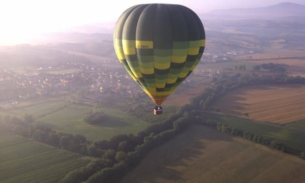 Hot air balloon ride with Musement
