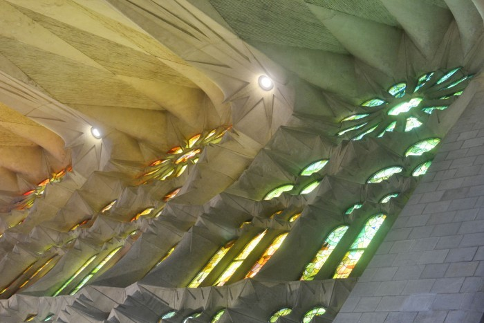 Gaudì's Sagrada Familia | Photo Gerard Vales on Flickr