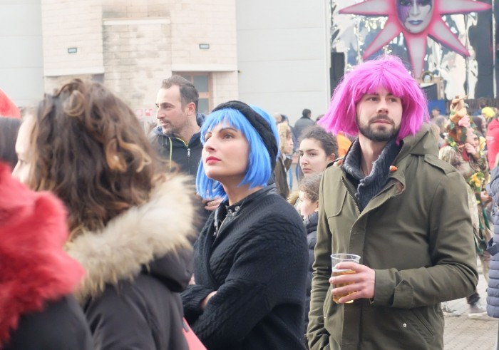 Because everyone looks great in a wig.