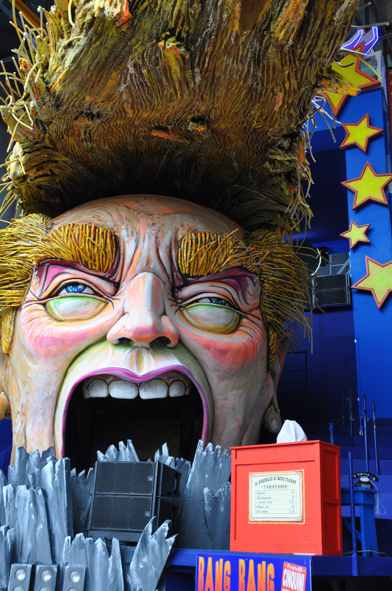 Trump float at 2017 Carnevale