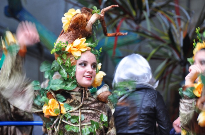 A dancer on one of the major floats