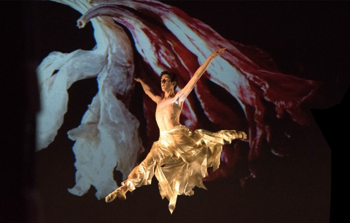 Ballet by Axe Ballet, teatro verdi, Montecatini Terme 2016, costumes by Olga Niescier based on photography by Tadeusz Niescier. Photo by Andrea Gianfortuna.