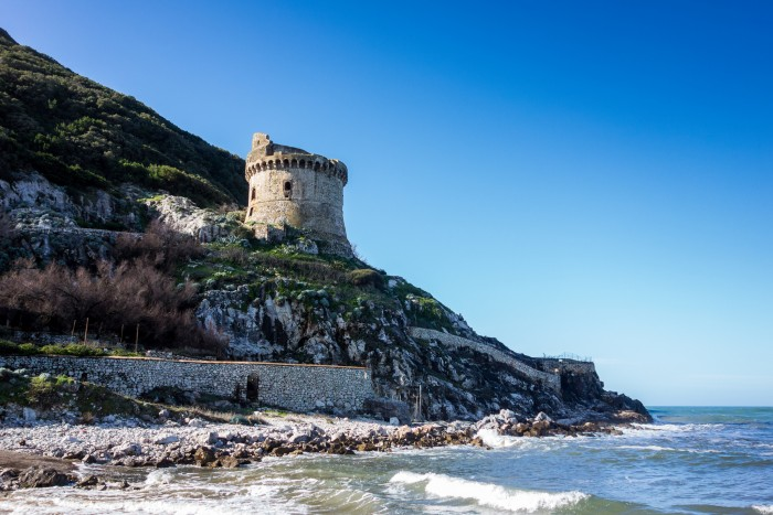 Torre Paola at Circeo Beach | Photo flickr user Giovanni Tufo