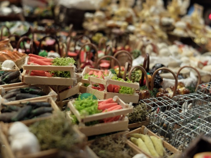 Some of the teeny tiny objects you can put in your nativity scene!