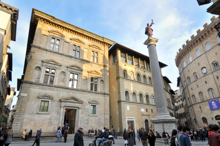 Palazzo Bartolini Salimbeni on piazza Santa Trinità