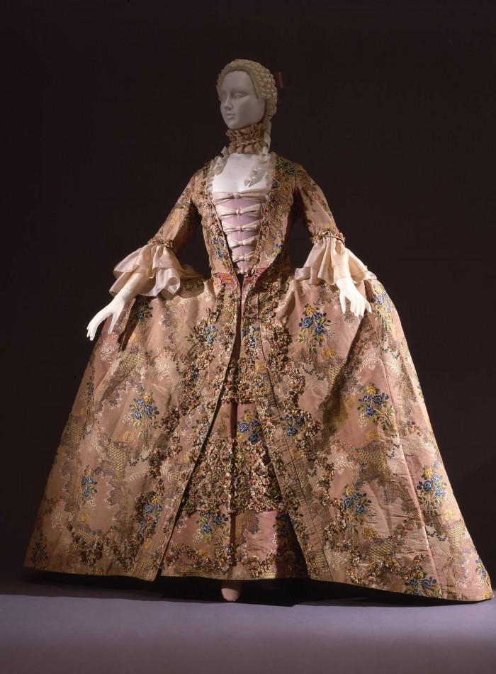 Womens dress from 1765, Italian, on loan from the Uffizi costume gallery