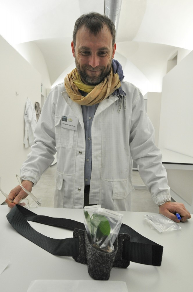 The scientist who received my plant inside the Strozzina