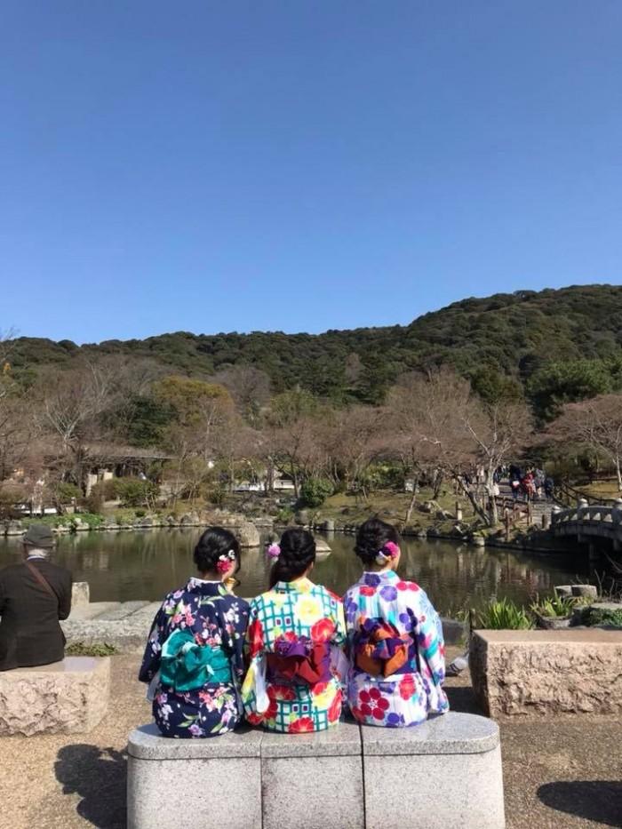 Kimono watching in Maruyama Park