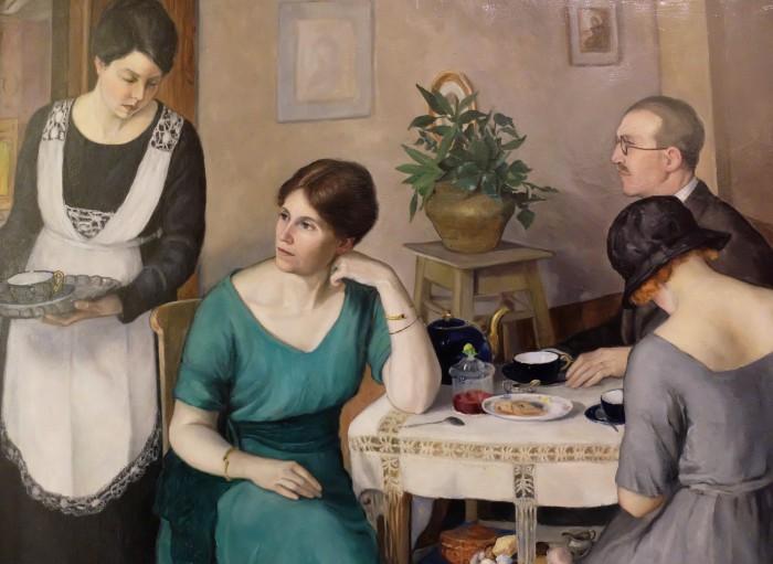 Vittoria Morelli, Internal Scene with figures (teatime), 1926. Firenze, Galleria degli Uffizi, Galleria dell'Arte moderna