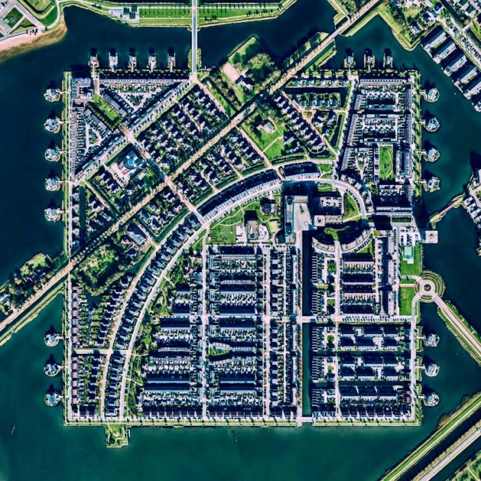 The residential area at the port of Alkmaar in Holland