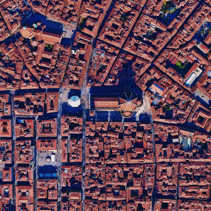 Florence from above demonstrates the geometry of a Roman city and its later Medieval developments