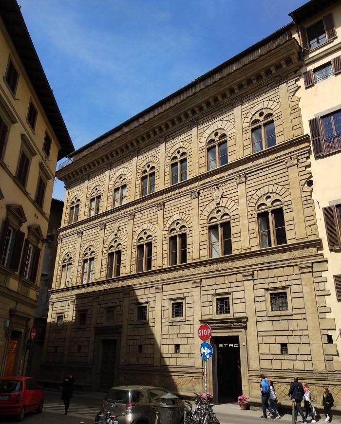 Palazzo Rucellai today