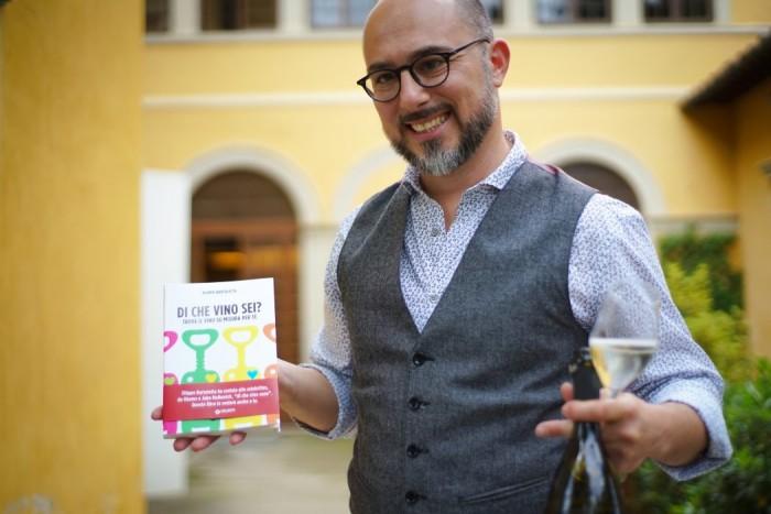 Filippo and his book |Ph. www.ilforchettiere.it