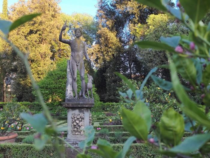 More Roman statues