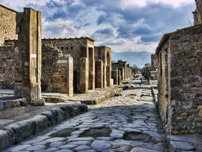 A street in Pompeii | Image from Pixabay