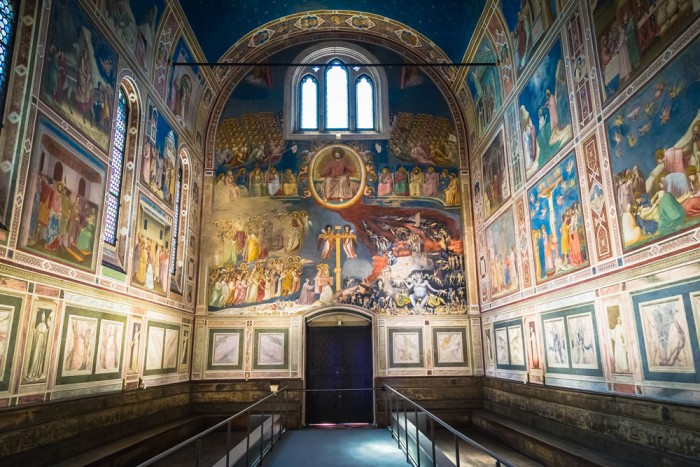Giotto, Arena Chapel | Ph. Adrian Scottow on Flickr (creative commons)