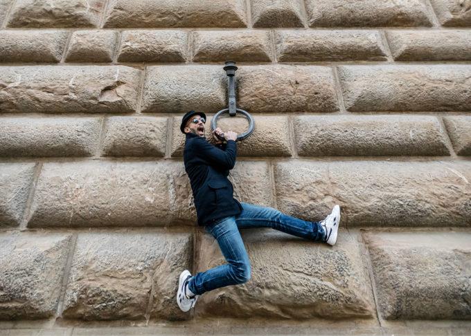 JR jumping in Florence | Ph. Ela Bialkowska, OKNOstudio